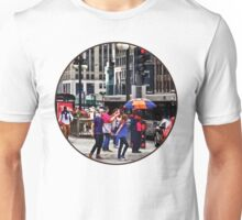Chicago IL - Rainy Day on E Wacker Drive Unisex T-Shirt