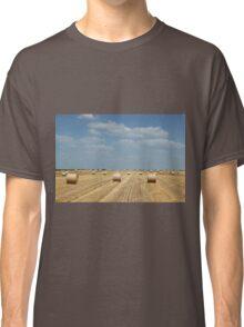 straw bale field Classic T-Shirt