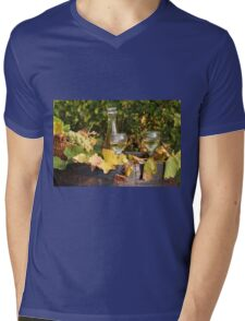 white wine and grape Mens V-Neck T-Shirt