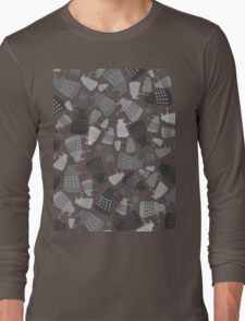 50 Shades of Grey Daleks - Doctor Who - DALEK Camouflage Long Sleeve T-Shirt