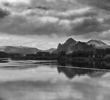 Lake Waikato - NZ by Christine  Wilson Photography