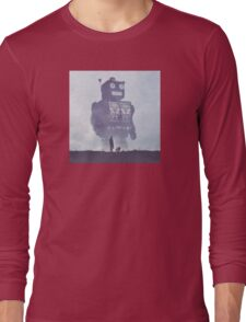 BEWARE THE GIANT ROBOTS! Long Sleeve T-Shirt