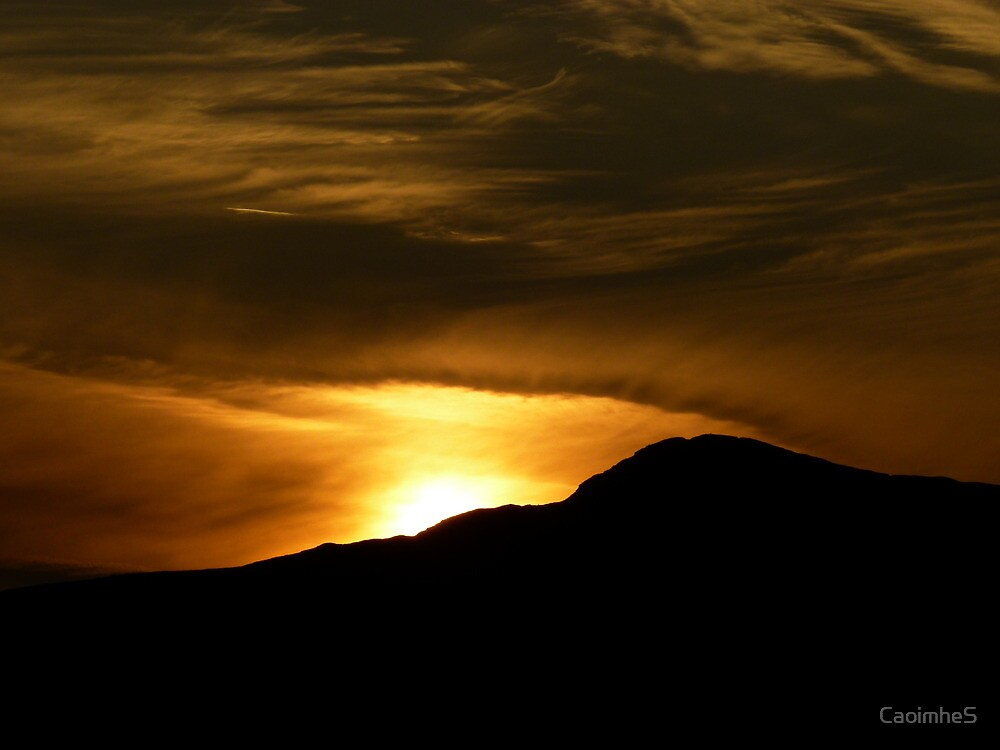 Sunset over the Mountain by CaoimheS