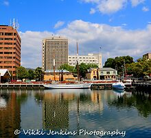 Hobart Waterfront by Vjenkins