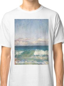 Flynns Beach clouds & waves Classic T-Shirt