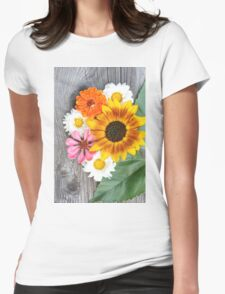Old boards with sunflowers vintage concept T-Shirt