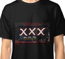 mou mou mou Classic T-Shirt