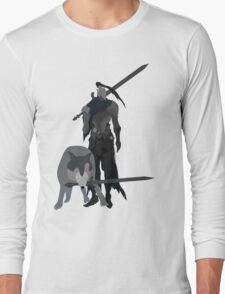 Knight Artorias and the grey wolf Sif Long Sleeve T-Shirt