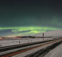 Green lights over road  by zumi