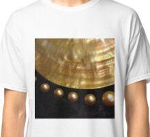 GOLDEN PEARLS Classic T-Shirt