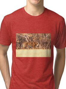 Tiger on the move Tri-blend T-Shirt