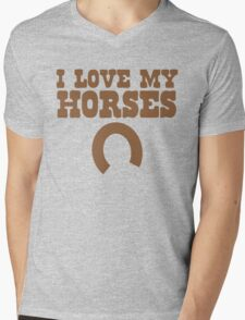 I love my HORSES with lucky horse shoe Mens V-Neck T-Shirt