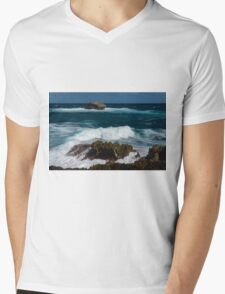 Boiling the Ocean at Laie Point State Wayside, Oahu's North Shore in Hawaii Mens V-Neck T-Shirt