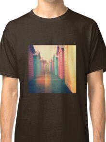 Beach Huts 02D - Retro Classic T-Shirt
