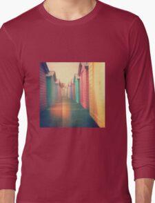 Beach Huts 02D - Retro Long Sleeve T-Shirt