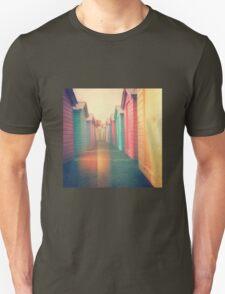 Beach Huts 02D - Retro T-Shirt