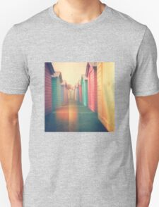Beach Huts 02D - Retro Unisex T-Shirt
