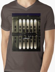 Limo at the Nelson Mens V-Neck T-Shirt