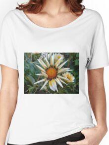 Daisy Women's Relaxed Fit T-Shirt