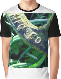 Peeking Through Graphic T-Shirt