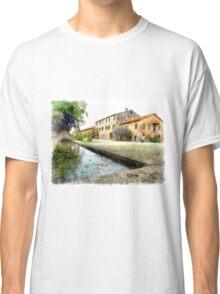 Farmhouse with fountain Classic T-Shirt