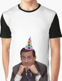 michael scott wearing party hat Graphic T-Shirt