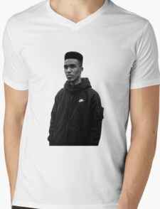 Novelist Grime Artist Black White Mens V-Neck T-Shirt