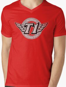 SKT T1 Vintage Logo (best quality ever) Mens V-Neck T-Shirt