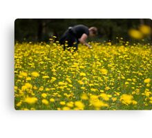 Ingrid in the daisies Canvas Print