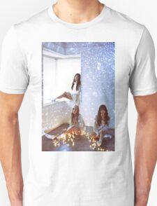 TAETISEO - DEAR SANTA Unisex T-Shirt
