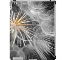 UNIQUE PUFF BALL iPad Case/Skin
