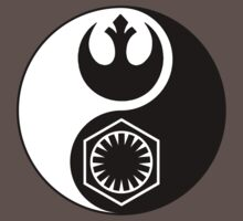 Star Wars - The Resistance v The First Order Yin Yang Kids Clothes