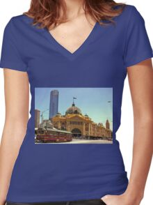 Melbourne's iconic City Circle Tram in front of Flinders Street Station  Women's Fitted V-Neck T-Shirt