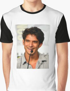 Cute Tyler Posey smile Graphic T-Shirt