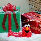Elmo With Presents by Cynthia48