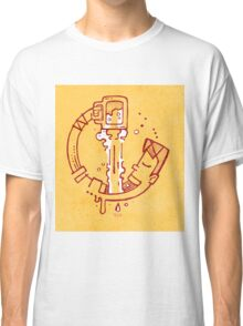 Drinking beer Classic T-Shirt