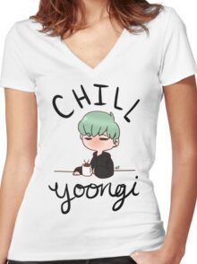 Chill Min Yoongi Women's Fitted V-Neck T-Shirt