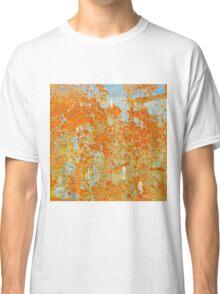 YELLOW RUSTY METAL Classic T-Shirt