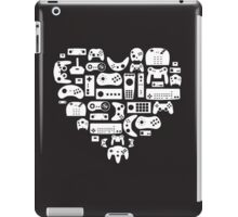 I heart gaming (graphic tees, mugs, and more!) iPad Case/Skin
