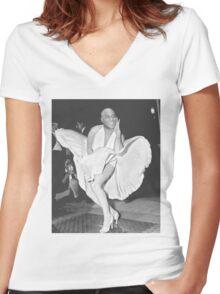 Ainsley harriott marilyn monroe (hariot harriot) Women's Fitted V-Neck T-Shirt
