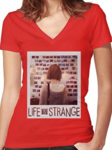 Life is strange Max Women's Fitted V-Neck T-Shirt