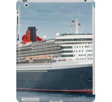Queen Mary 2 iPad Case/Skin
