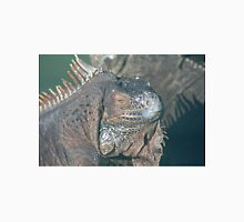 IGUANA - THE REFLECTIVE REPTILE Unisex T-Shirt