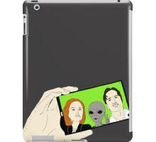 Alien Selfie iPad Case/Skin