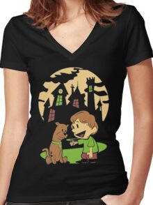 Scooby Doo Nightmare Women's Fitted V-Neck T-Shirt