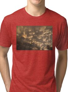 Phenomenal Sky - Incredible Mammatus Clouds At Sunset Tri-blend T-Shirt