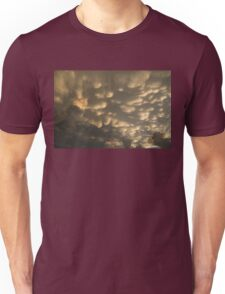 Phenomenal Sky - Incredible Mammatus Clouds At Sunset Unisex T-Shirt