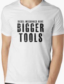 Diesel Mechanic Mens V-Neck T-Shirt