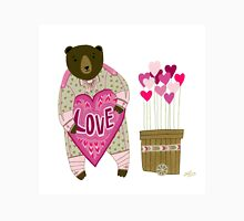 Bear with loveheart Unisex T-Shirt