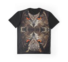 owl reflexion nature wild  animal eagle owl  Graphic T-Shirt